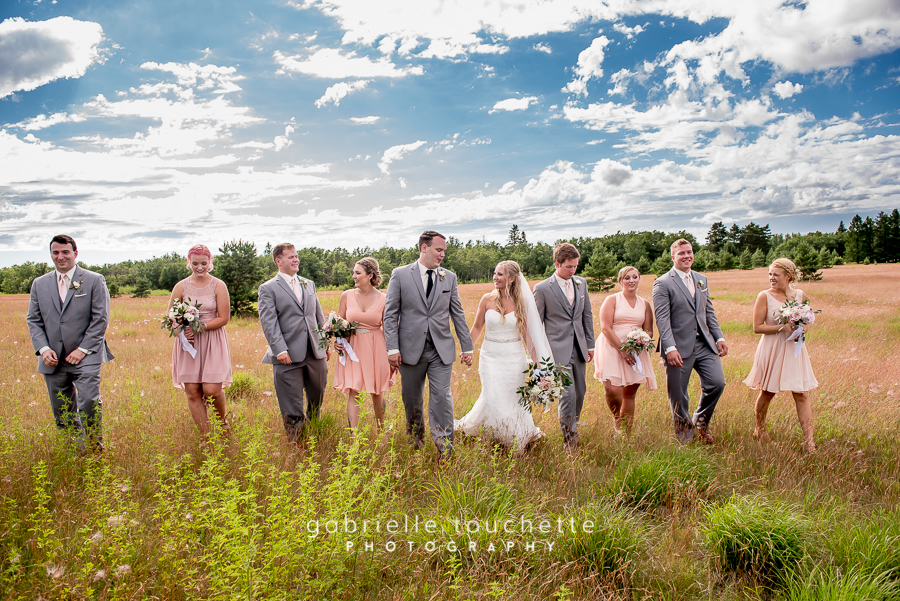 Jen & Devin: Wedding Photography at PineRidge Hollow