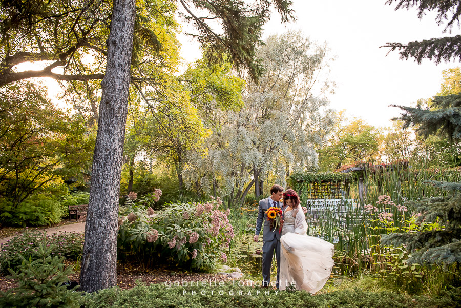 Veronica & Matt: Wedding Photography at Leo Mol Garden