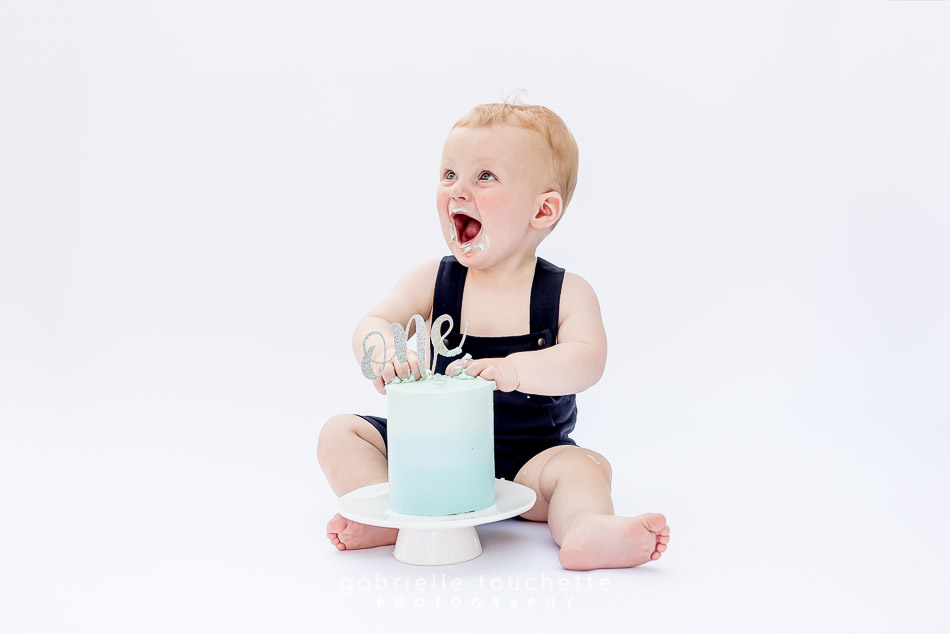 Micah: First Birthday Photos and Cake Smash