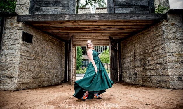 Makayla: Grad Portraits 2020