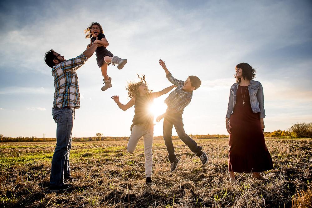 Family-Photographer-Winnipeg-018